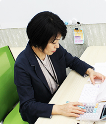福岡の就労支援A型事業所エルベスト(elbest)のパソコンを使っての作業